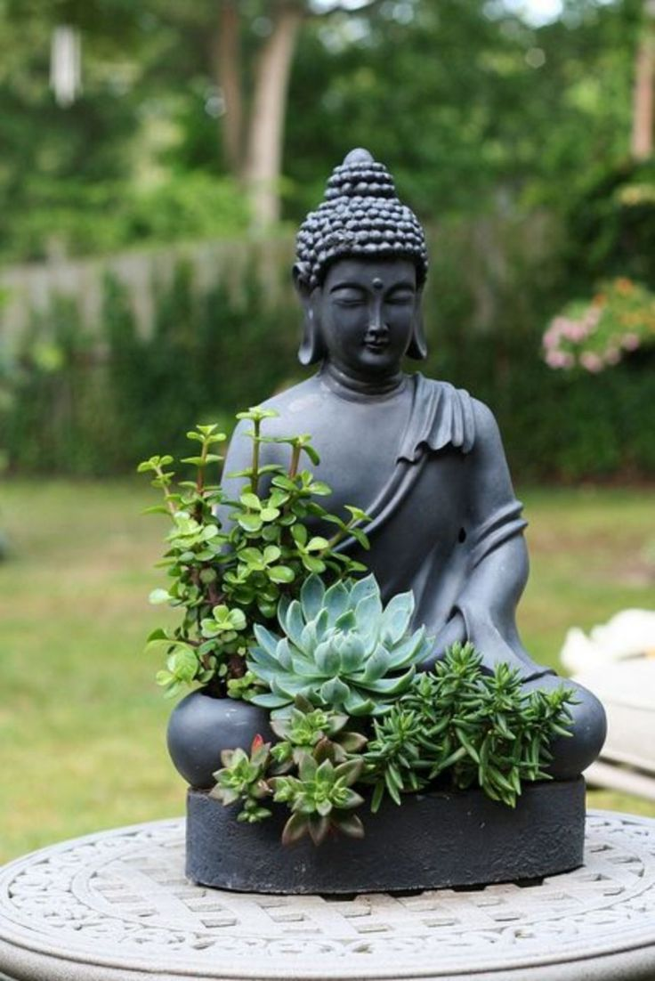 Awesome Buddha Statue for Garden Decorations