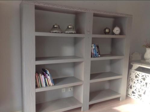 25 beste idee n over boekenkasten op pinterest kratten boekenplank kratten en krat planken - Eigentijdse boekenkast ...