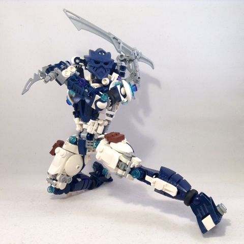 """415 Likes, 17 Comments - MrBoltTron (@toabythalis) on Instagram: """"⚡️Eciar, The Shock Striker⚡️ ~Bionicle (c) The Lego Group ~Rail Blade/Ponytail inspiration by…"""""""
