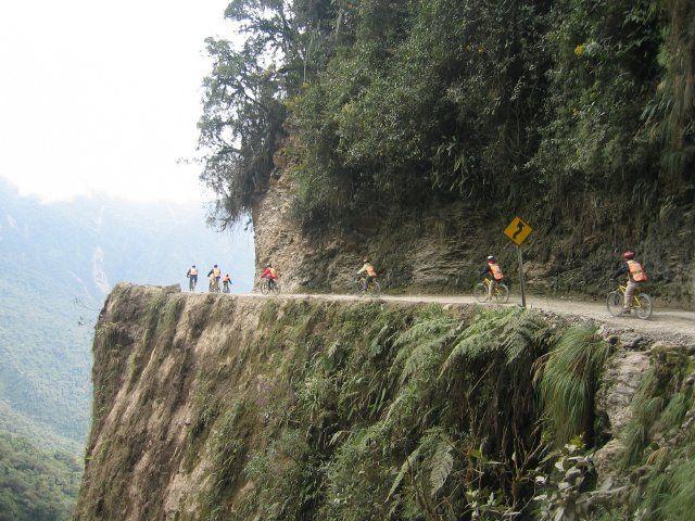 Death Road Cycling, Bolivia