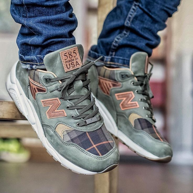 New Balance 585 #Sneakers #Zapatillas