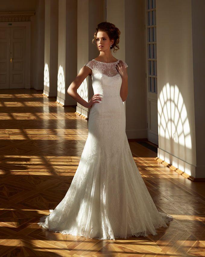 11 best Diane Legrand images on Pinterest   Short wedding gowns ...
