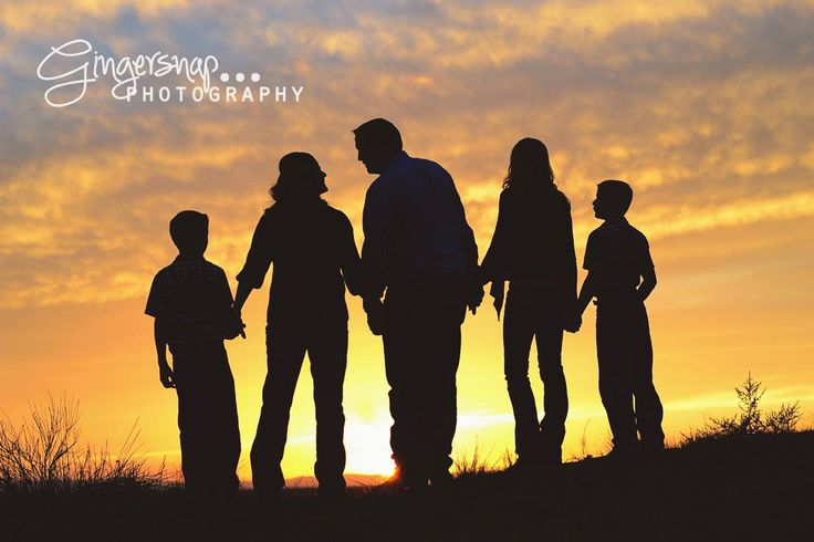 Silhouette family picture