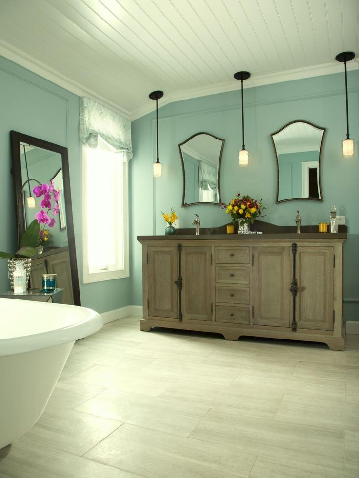 Bathroom Its Weathered Finish Pairs Well With The Bathroom 39 S