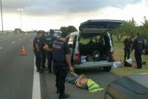 Tres detenidos tras persecución en la AU Buenos Aires - La Plata - Ambito.com