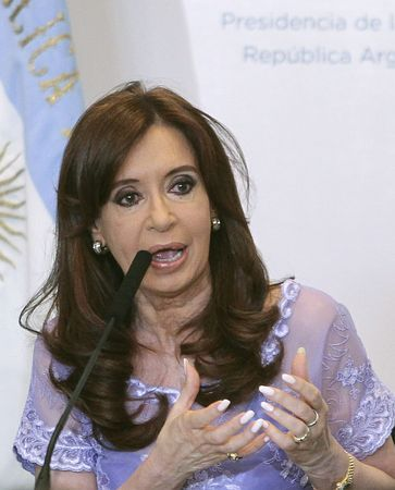アルゼンチンのフェルナンデス大統領=1月30日、ブエノスアイレス(EPA=時事) ▼27Feb2015時事通信|連邦判事、大統領への捜査認めず=「十分な証拠ない」と指摘-アルゼンチン http://www.jiji.com/jc/zc?k=201502/2015022700584 #Cristina_Fernández_de_Kirchner #费尔南德斯 #費南德茲 #費爾南德斯 ◆Cristina Fernández de Kirchner - Wikipedia https://en.wikipedia.org/wiki/Cristina_Fern%C3%A1ndez_de_Kirchner