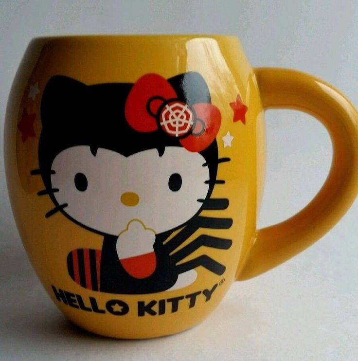 Hello Kitty Halloween Queen of Spiders Trick or Treat Coffee Mug  / Cup Vandor #Vandor