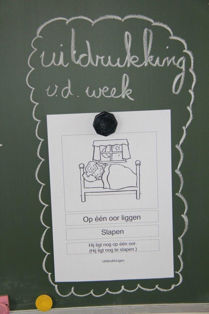 Leuk idee, naast het woord van de week nu ook de uitdrukking van de week. Kan ook een spreekwoord van de week.