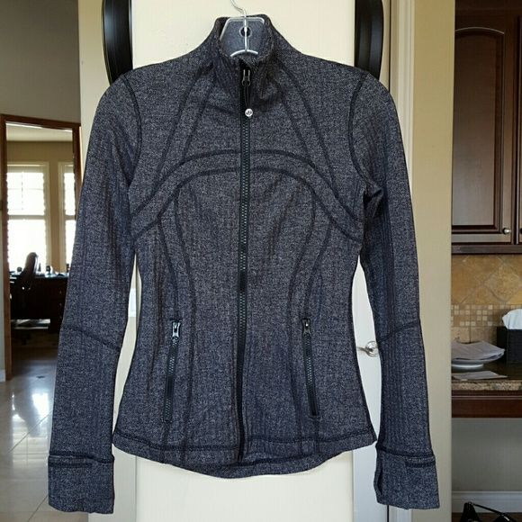 Define Jacket Herringbone pattern, EUC lululemon athletica Jackets & Coats