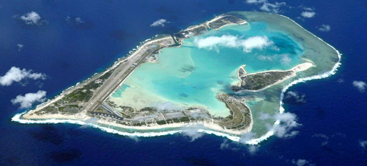 Aerial view of the atoll, looking westward ◆Wake Island - Wikipedia http://en.wikipedia.org/wiki/Wake_Island #Wake_Island