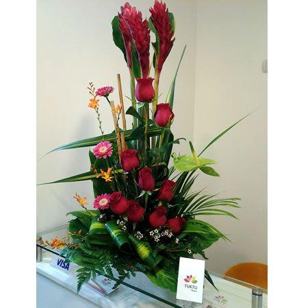 Floreria Tuktu   Arreglo floral rosas rojas y ginger ...