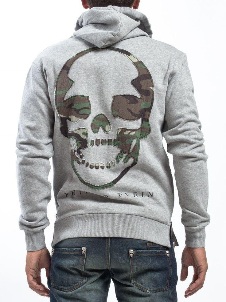 Licht grijs vest wintercollectie met camouflage opdruk aan de achterzijde camouflage is deze winter vaak te zien vele merken gebruiken het