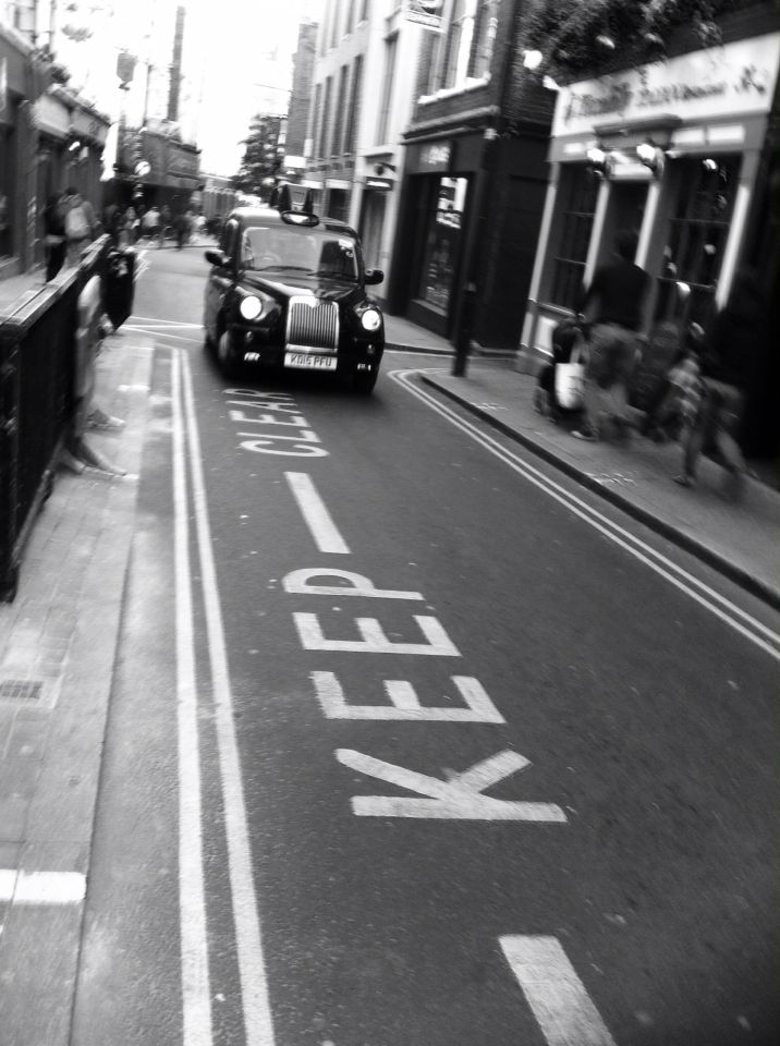 London@taxi#keep clear