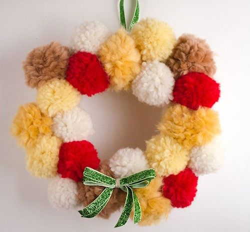 Christmas crown with pompoms