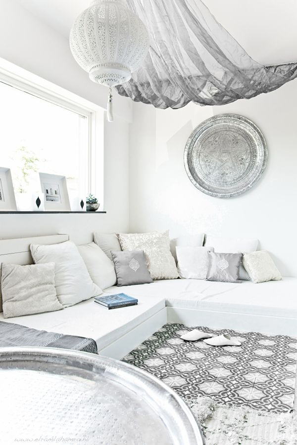 built-in daybeds, White Morocco by El Rambla Hambra #tiles #tray