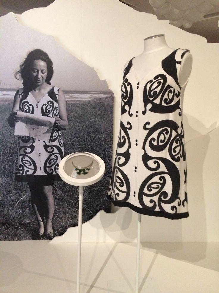 Whetu terikatene-Sullivan exhibition 2014