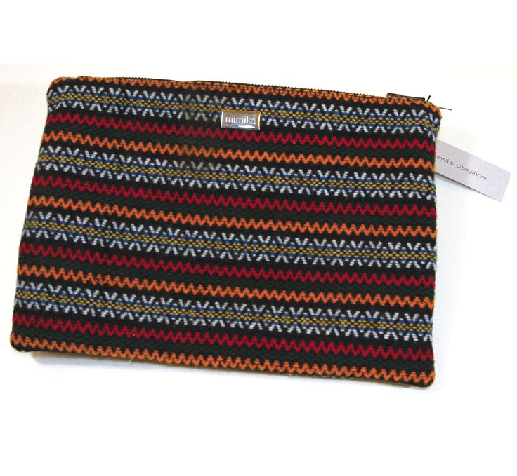 Wool fabric clutch Ethnic colors Green leather handle Zip closure Fabric lining by mimika ciboyianni #mimika #bags