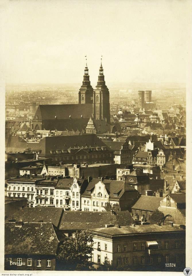 Kościół św. Marii Magdaleny i fragment miasta widziany z wieży katedry.Lata 1920-1929. Piękne ...<3