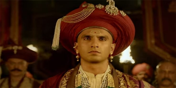 Albela Sajan Bajirao Mastani Official Video Song Review is available. Latest Video Song Albela Sajan featuring Ranveer Singh and Priyanka Chopra released on December 11, 2015 by Eros now. Watch Albela Sajan Official Video Song.
