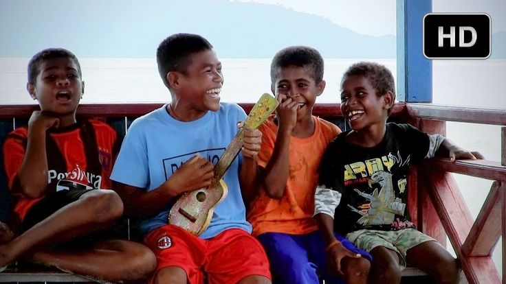 Music of West Papua - Behind the Scenes of Journey to the South Pacific ...