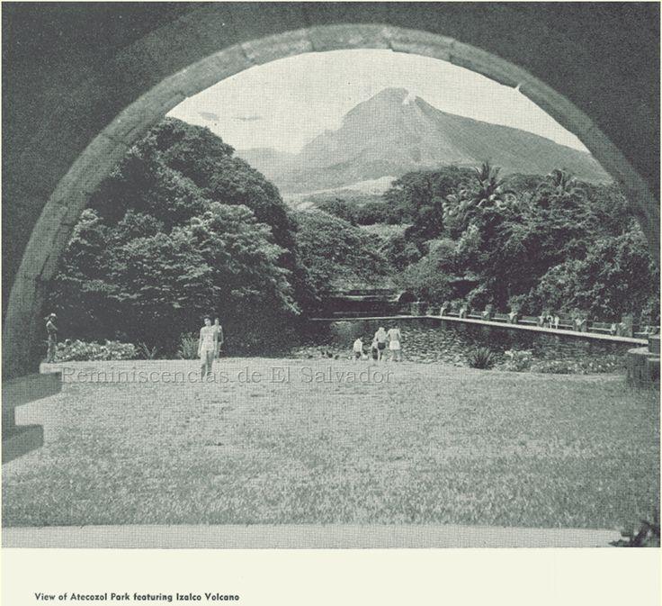"""1968, View of Atecozol Park featuring Izalco Volcano (1968, Vista del Parque Atecozol con Volcán Izalco) Tomado del Libro """" El Salvador American Republics Series"""""""