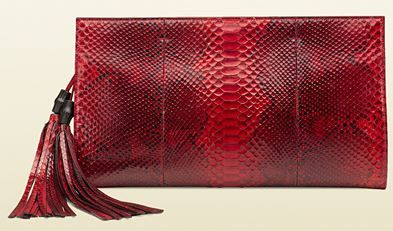 Borse clutch Gucci catalogo della collezione primavera estate 2014 in colore rosso pitonato