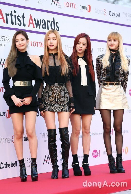 40 best images about BlackPink on Pinterest | Lalisa manoban Posts and Pink music