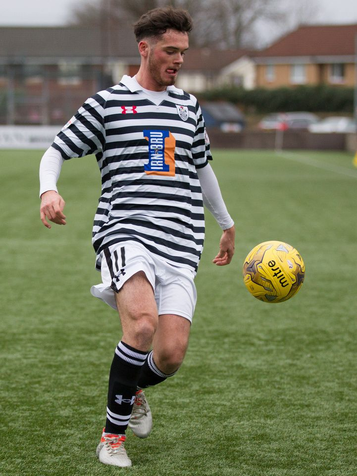 Queen's Park's Aidan McIlduff in action during the Ladbrokes League One game between Stenhousemuir and Queen's Park.