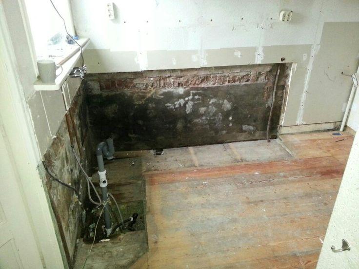 Kaal getrokken en toen kwam alle foute elektrische  bedrading en kortsluitingen naar boven