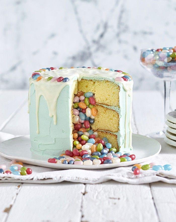 Jelly Belly Pinata Cake | MiNDFOOD