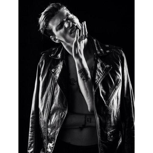 Photographer @errikosandreou shoots @stevemilatos  #10artistsmanagement #fashion #style #mensfashion #bnw #bw #stevemilatos
