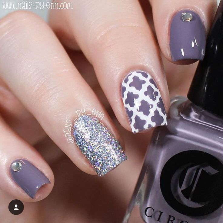 Every nail in this mani by @nails_by_erin is fun! - Moroccan Nail Stencils found at: snailvinyls.com