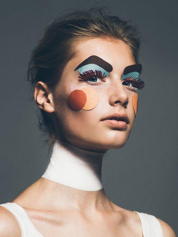 Hair & Makeup: Esther van Maanen @ Angelique Hoorn Management Photo: Gilbert Francois