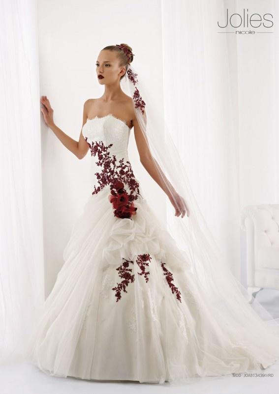 Collezione abiti da sposa #Jolies, abito da #sposa modello JOAB13439IVRD