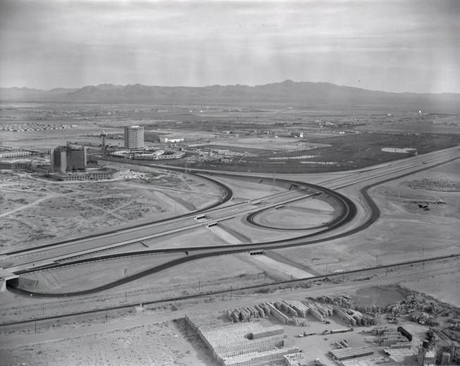 Aerial photo of Las Vegas 1962. The Dunes and the under-construction Caesar's Palace can be seen.