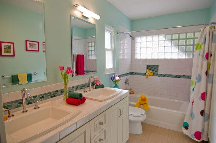 blue glass tile bathroom - Google Search