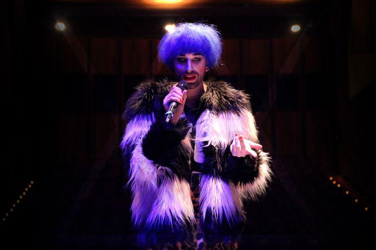 #performance #theatre #light #darkness #transvestite #monologue #gender #punk #liz #dust #cabanyal #valencia #spain #anawika #digital #art #multimedia #visual #arts #photography