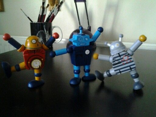 My Robot Desk Buddy Has A Couple Of New Best Mates Time