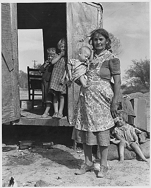 On Arizona Highway 87, south of Chandler. Maricopa County, Arizona. Children in a democracy. A migra . . ., 11/1940