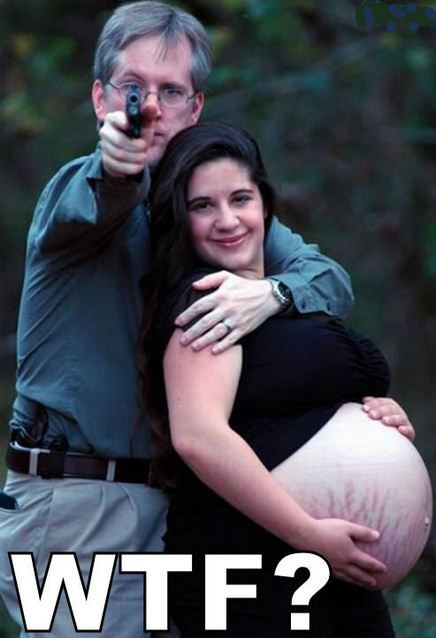 50 Most Awkward Pregnancy Photos: Pregnancy Photos, Family Photos, Funny, Pictures, Stretch Marks, Wtf, Maternity Photo