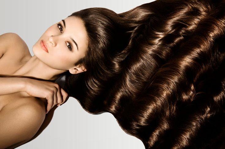 """Как сделать волосы густыми и красивыми. Вы не поверите!!!! Нужно купить в аптеке """"Ессенциале"""" в ампулах (то, которое обычно используют ..."""