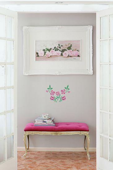 Róże na ścianie przetrwają dłużej niż te w wazonie - to doskonały pomysł na alternatywny prezent dla ukochanej osoby. #róże #walentynki