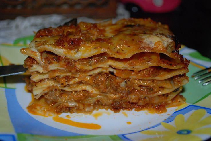 Freezer Lasagna Recipe http://cookingcheat.com/freezer-meals