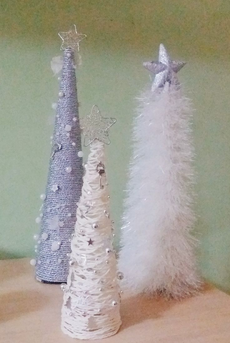 DIY - Yarn wrapped Christmas trees ideas with pearl and silver balls