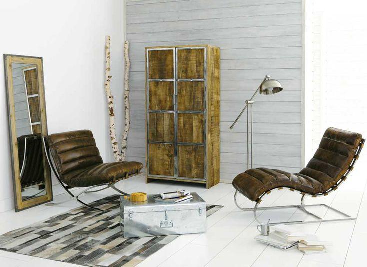 #Stoelen zijn comfortabel en mooi. Zak na een lange dag heerlijk weg in een #loveseat, #fauteuil, design of leren stoel!
