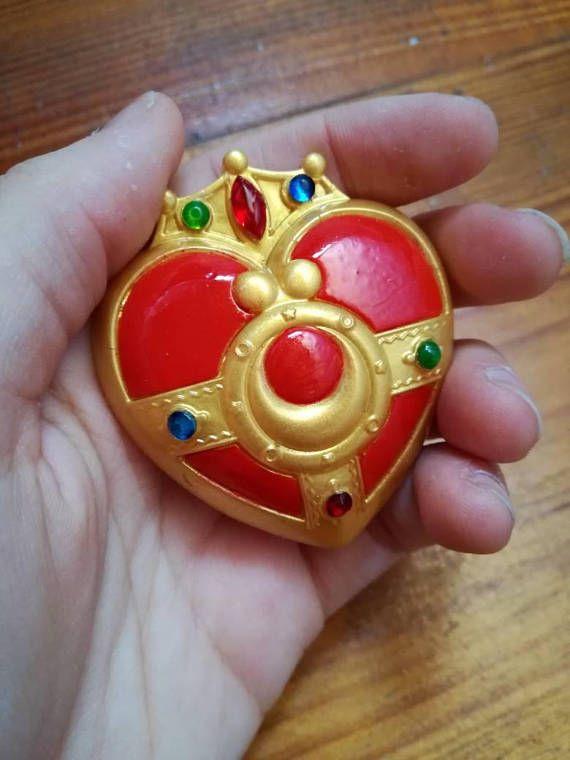 Sailor moon brooch, cosmic heart compact cosplay #sailormoon #sailormooncosplay #heartcompact #cosplayprop #heart