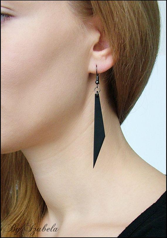 Zwarte oorbellen / polymeer klei oorbellen / Gothic door ByIzabela
