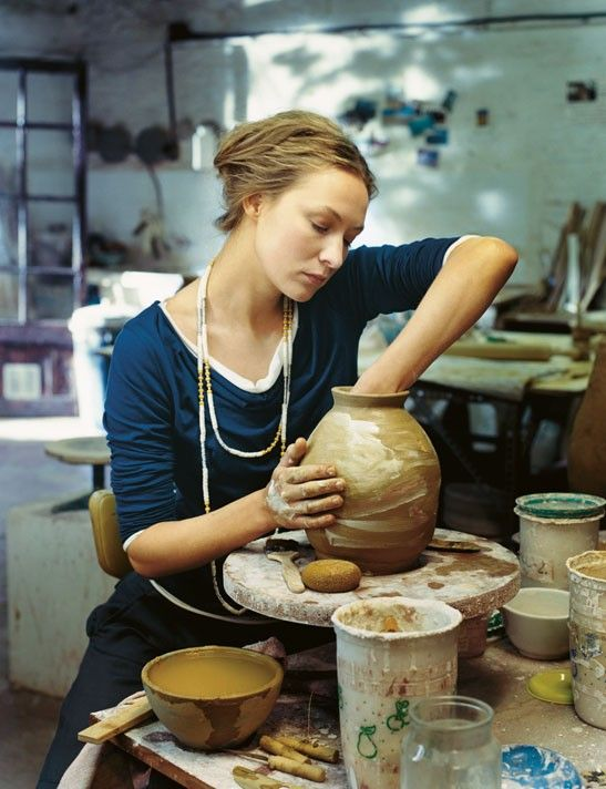 musabenedetta:    (via Why Its Good to be a Girl / YOLO)  My love for pottery and being a potter-Need to return!