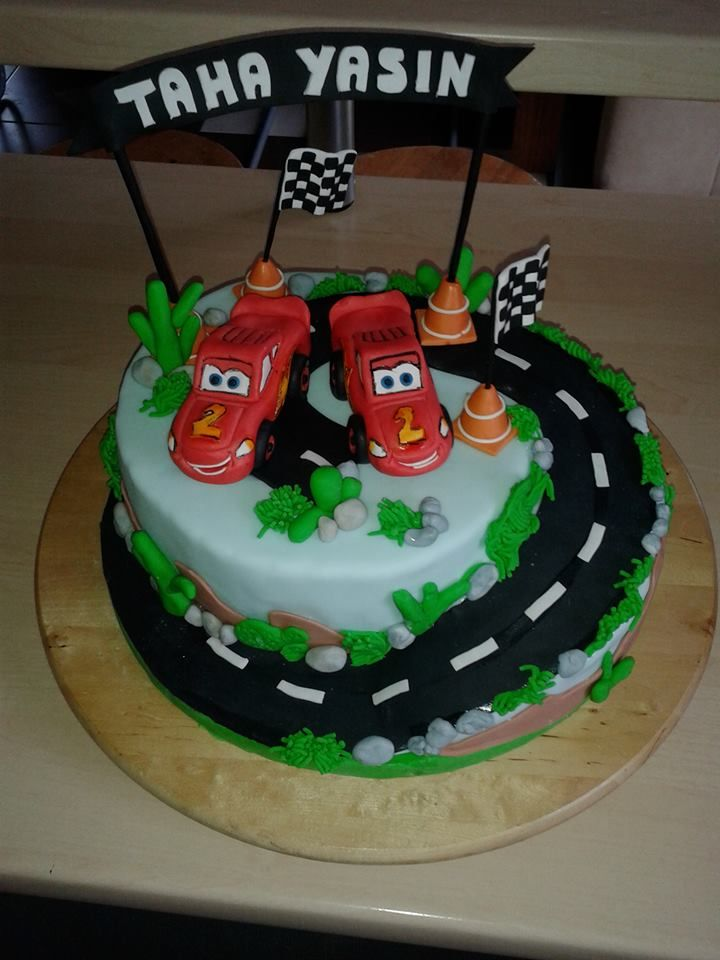 Cars, Lightning McQueen cake