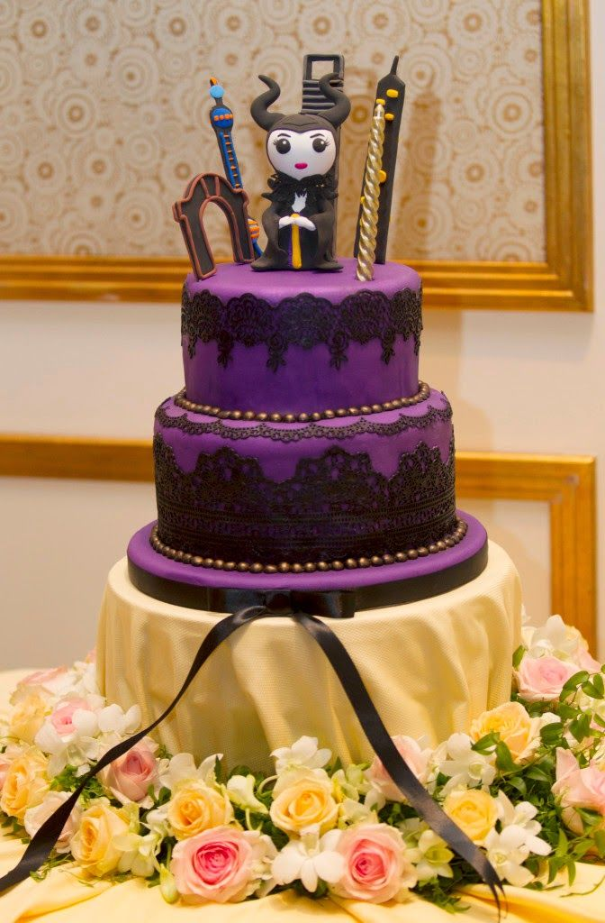 Angelina Jolie's Birthday Malificent Cake  #AngelinaJolie,#Jolie-Pitts, #Maleficent,#AngelinaJolieBirthday,#Maleficentcake